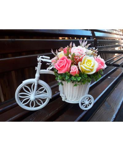 Мильний букет у велосипеді